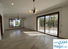 Not Furnished Apartment to Rent 215sqm